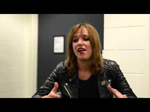 Halestorm Interview with Lzzy Hale on Casino Sushi & Food Poisoning - Tourpedoed [#020]