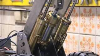 Video 25 Versuchsaufbau Hydraulik Radlader VOLVO L220E.wmv