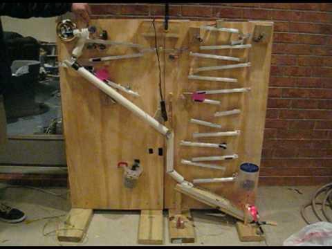 Rube Goldberg roach trap - YouTube