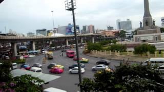 アキーラさん散策②タイ・バンコク・東京条約締結後に建てられた戦勝記念塔付近BTS-Victory monument,Bangkok,Thailand