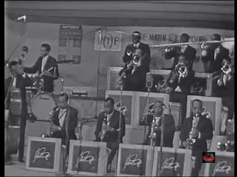 1966 Ellington - Diminuendo + Crescendo In Blue - Paul Gonsalves Solo (Live Video)