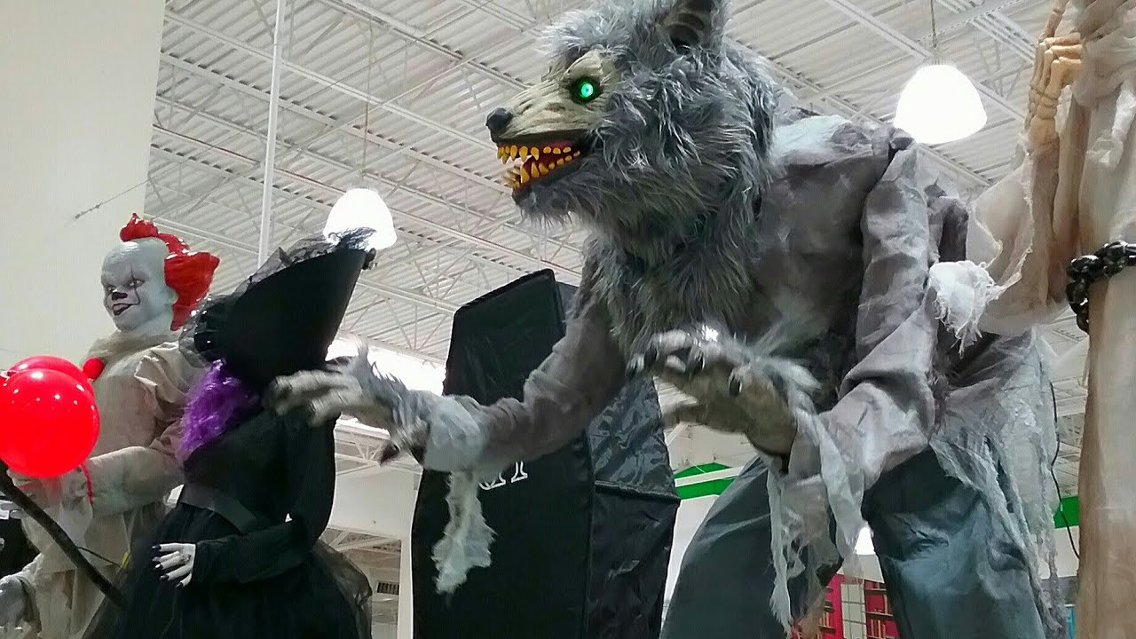 Mernards Halloween 2020 MENARDS Halloween 2020: Animatronics and Lemax!   YouTube