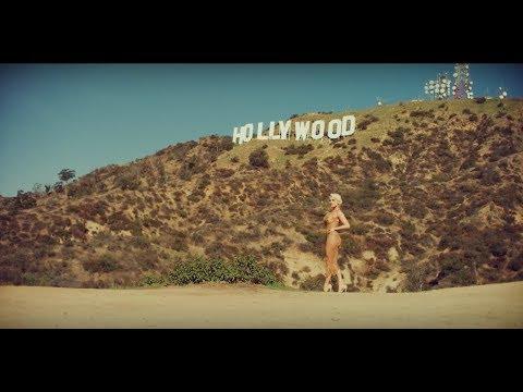 Смотреть клип Sasha Gradiva - Нollywood Hills