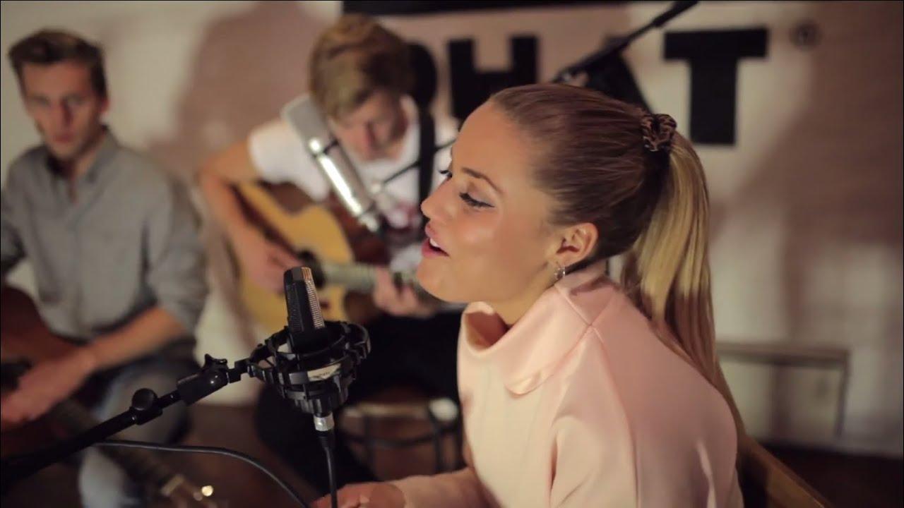 Download Julie Bergan - Rude (Acoustic Cover)