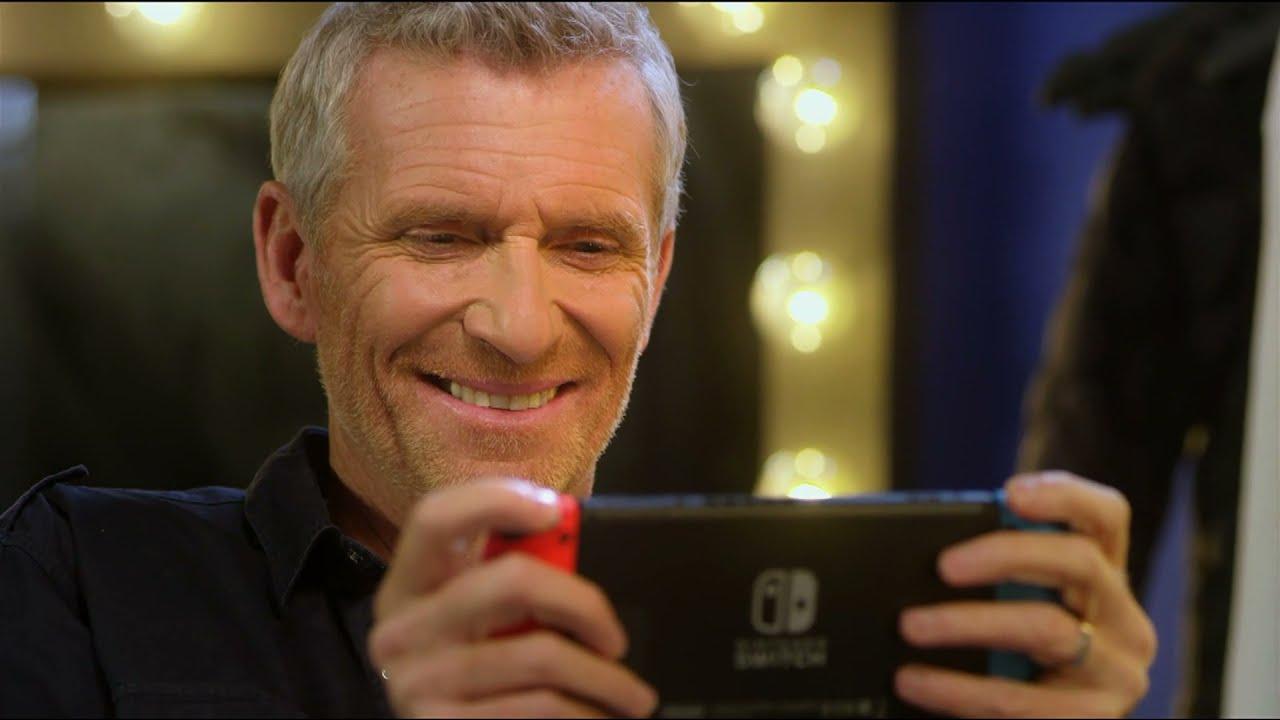 "Musique de la pub Animal Crossing New Horizons Nintendo Switch – Denis Brogniart ""l'aventure en mode relax""  2021"