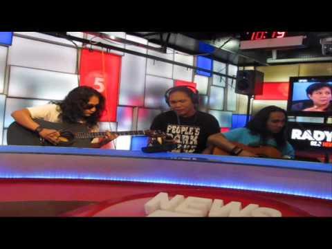 Plethora - Haplos (Radio Guesting @ 92.3 news FM)