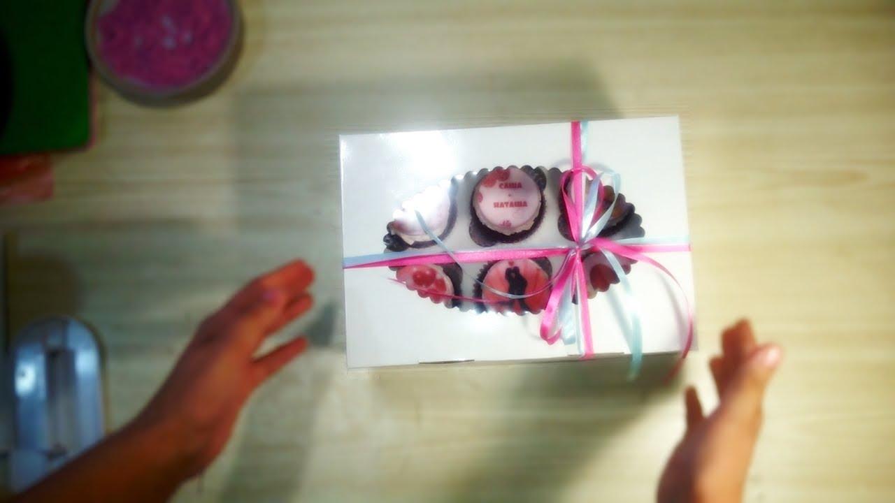 Как сделать букет своими руками: цветы в шляпной коробке - YouTube
