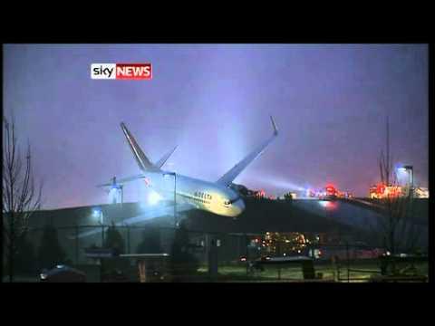 Atlanta: Delta Plane Crashes After Rolling Off Runway