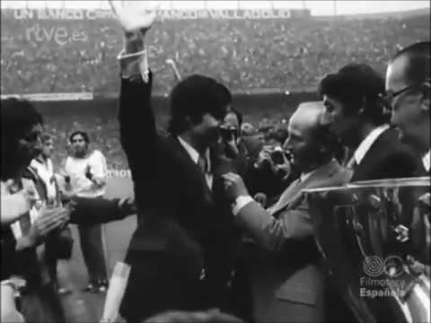 1977. Homenaje a Gárate en su despedida