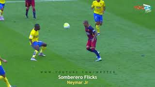Neymar's five beat an opponent , it is a Brazilian football genius!