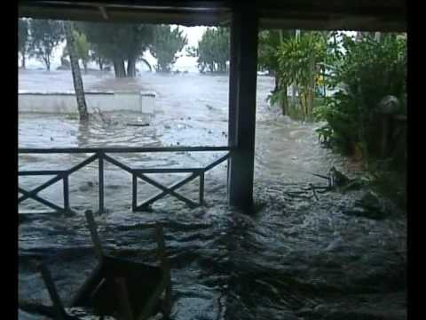 Cyclone Meena hits Rarotonga    Cook Islands