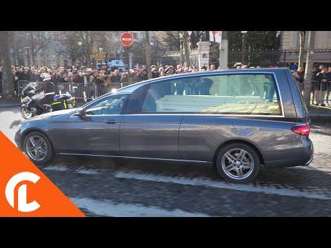 Hommage à Johnny Hallyday sur les Champs Elysées (9 décembre 2017, Paris)