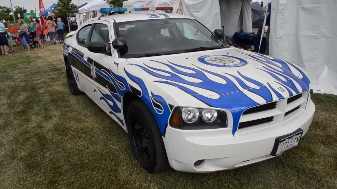 Best cop car paint jobs ever aurora police co youtube for Car paint company