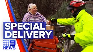 Coronavirus: Postman delivering mail and support to community | 9 News Australia