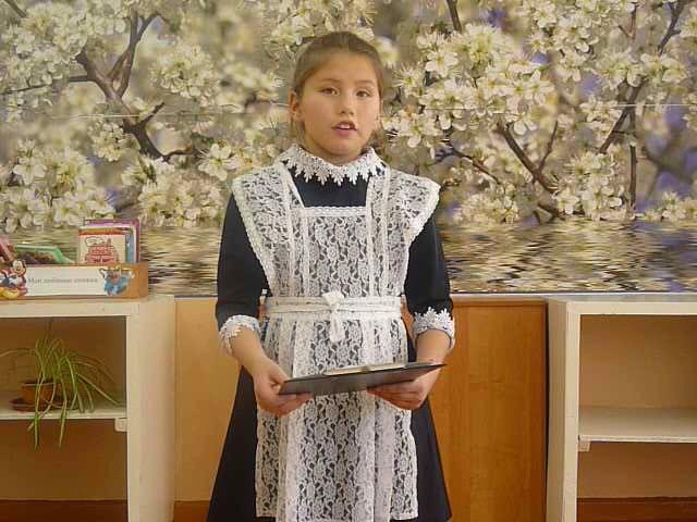 Изображение предпросмотра прочтения – КсенияПротопопова читает отрывок изпроизведения «Сказка о глупости» С.Я.Маршака
