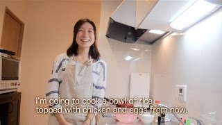 japanese home cooking by a japanese lady a bowl of rice topped with chicken and eggs