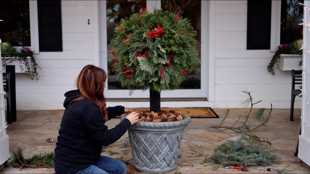 Diy Lollipop Topiary For Christmas Garden Answer Youtube