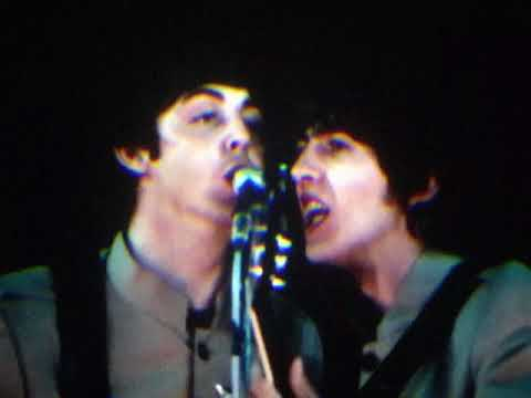 The Beatles - Twist & Shout (Live at Shea)