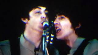 Video The Beatles - Twist & Shout (Live at Shea) download MP3, 3GP, MP4, WEBM, AVI, FLV Juli 2018