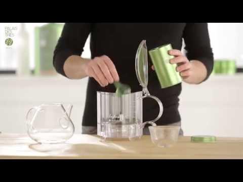 Préparation du thé avec l'Infuseur Palais des Thés