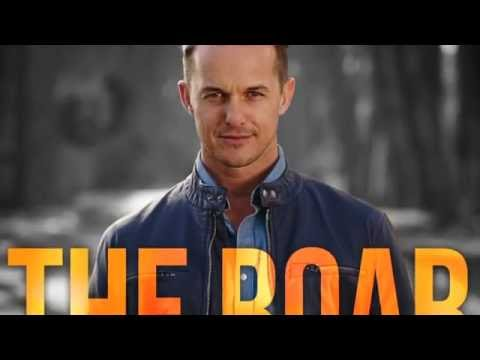 THE ROAR – Lyric music video