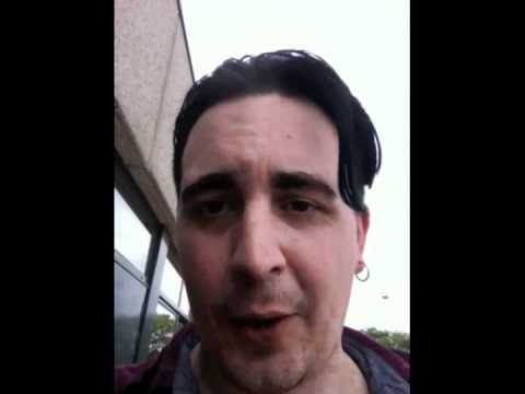 Eddie Argos of Art Brut Tells His Favorite Joke (NSFW)