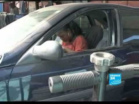 Senegal: Femme Auto garage run by a woman