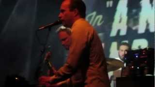 Pepe Deluxe - A Night and A Day (Helsinki 16.2.2013)