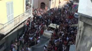 В Италии невеста удивила самой длинной фатой в мире
