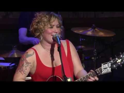 Jessica Lynne & The Cousins - Calling Me Home - Live On Band In Seattle