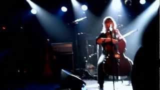 Linnea Olsson Giddy Up! - Live (Debaser 16 Mars 2012)
