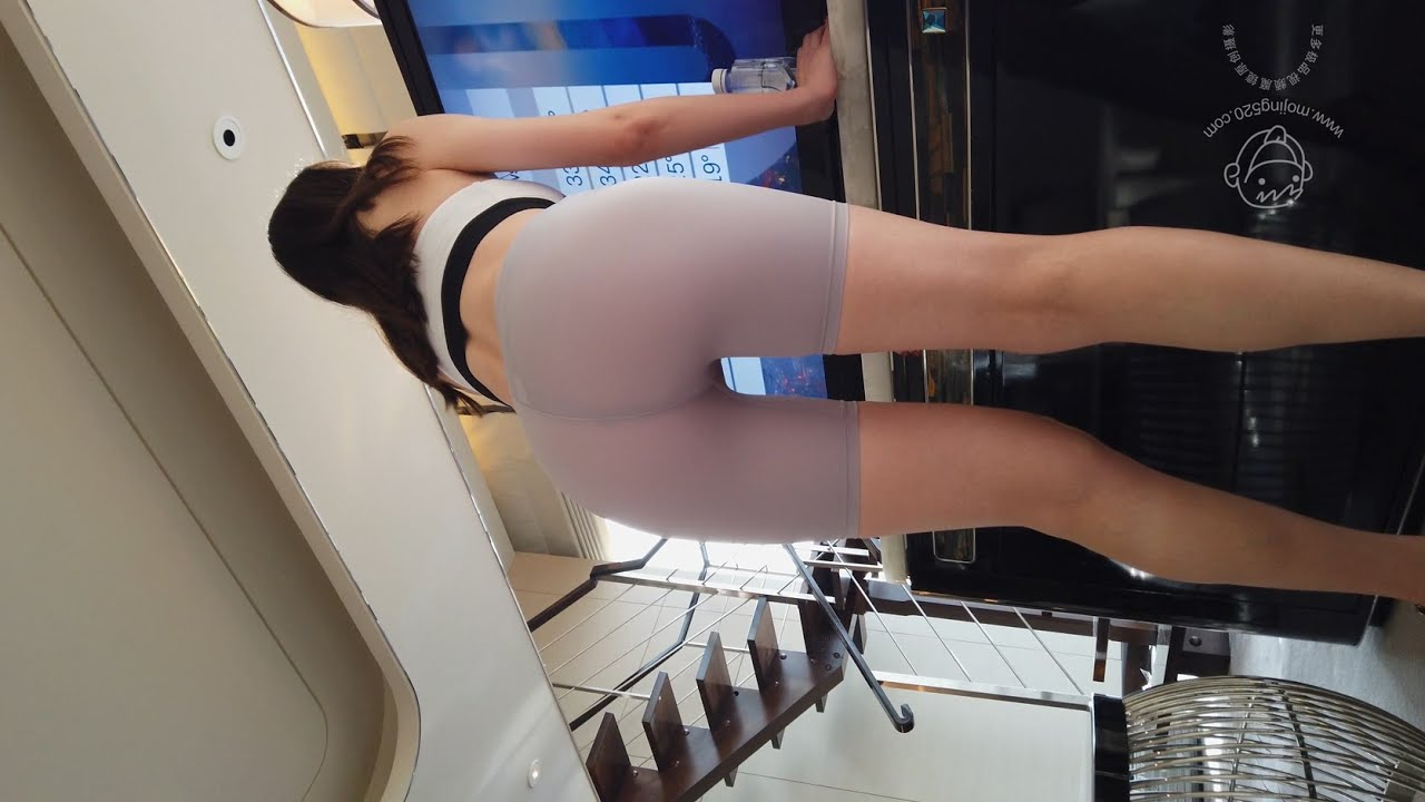 Download 极品街拍:透明健身裤 001