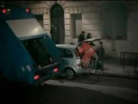 [www.Rap.vn] Nhầm với xe rác