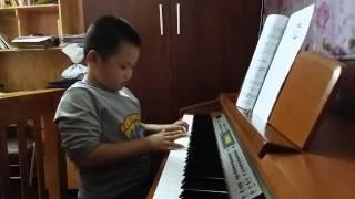 Piano Dạo chơi trên biển bởi con Vũ Hải Đăng