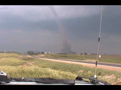 Tornado May 24th 2004 South of Hastings NE Clip_0001.wmv