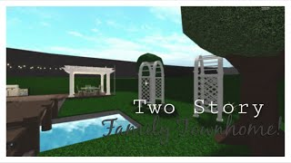 ROBLOX || two story family townhome || Bloxburg Speed Build