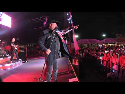 """HEADLIGHTS""-MONTGOMERY GENTRY Live from Sturgis!"