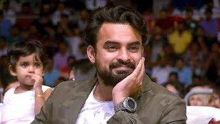 ഇതാ ഒരു പാരഡി കോമഡി..!! | Manoj Guiness | Malayalam Stage Comedy