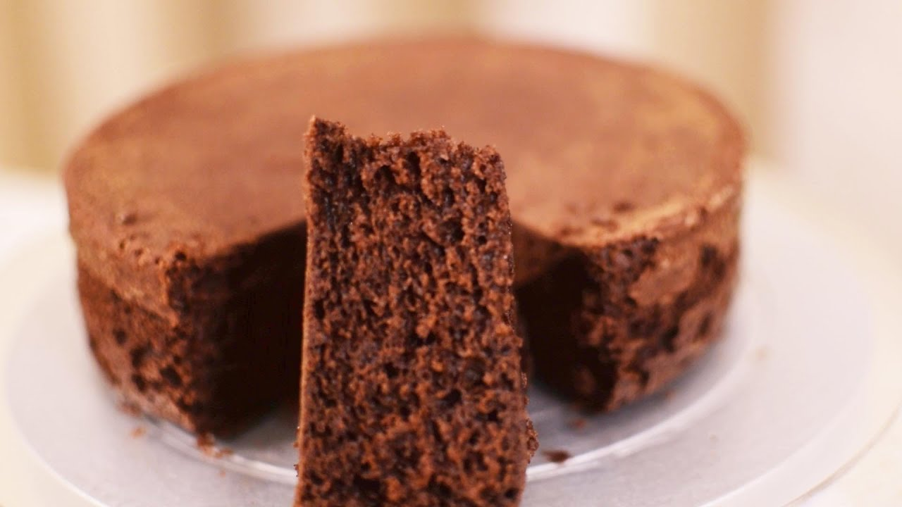 Chocolate Eggless Cake Recipe In Pressure Cooker