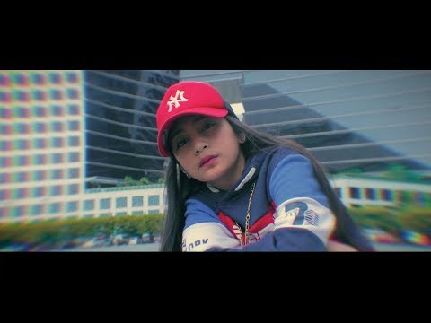 Princess Thea ✪ - Puro Salita (Official Music Video) MC Beats