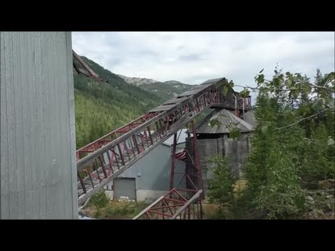 Exploring Red mountain mines with Adam