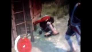 Assassin's Creed III Стражник насилует ящик!