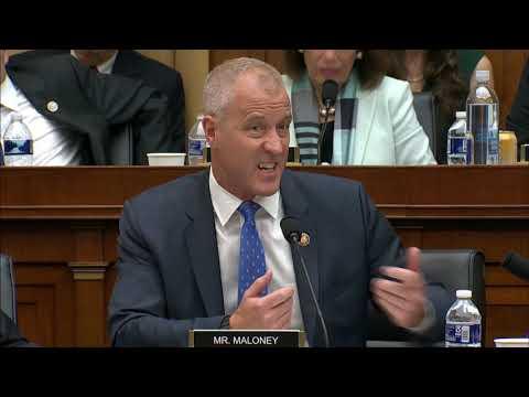 Rep. Maloney questions Robert Mueller