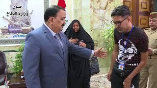 وزير الدفاع السيد عرفان محمود الحيالي  يلتقي بالجريح البطل احمد جاسم محمد