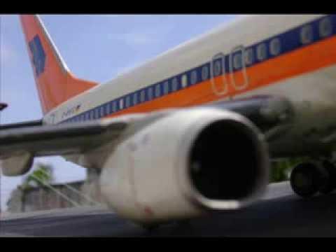 Hapag Lloyd Boeing 737-800