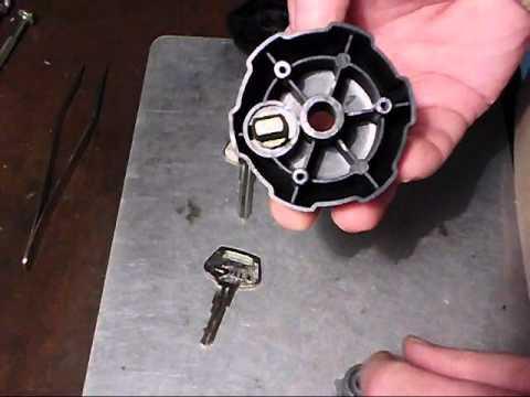 Fahrradträger Schloss Schlüssel anfertigen