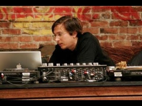 Legowelt Lecture (Seattle 2005) | Red Bull Music Academy