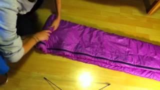 Download Video Plier un duvet - Rouler son sac de couchage MP3 3GP MP4