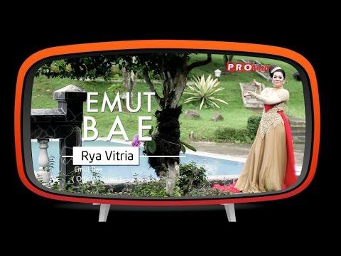 Rya Fitria - Emut Bae