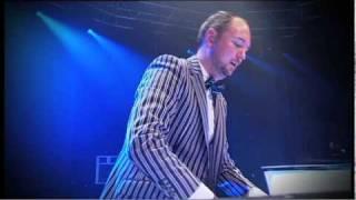 CLARA SOFIE & RUNE RK - - LIVE FRA DANISH DEEJAY AWARDS 2011